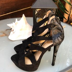 Sexy Black Strappy Heel